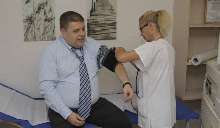 Кандидатът за кмет на Бургас Евгений Мосинов започва изборите в отлично здраве