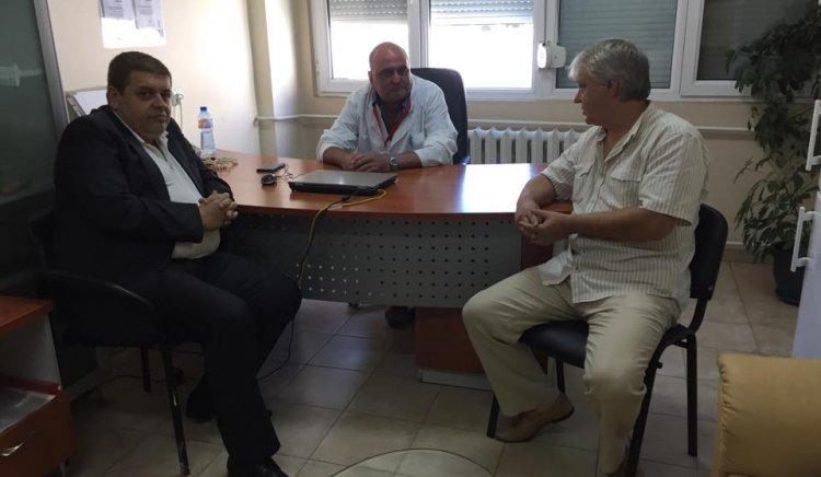 Общинските съветници Евгений Мосинов и Чанко Мирчев обсъдиха работещи идеи с управителя на Бургаския онкологичен център