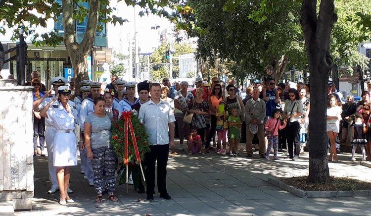 БСП – Бургас отбеляза 132 години от Съединението на България