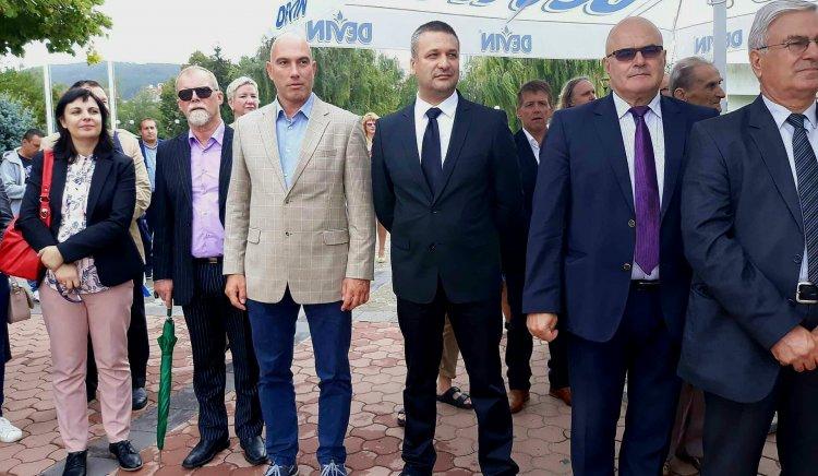 Николай Тишев, Тодор Байчев и Димитър Стоянов присъстваха на празника на Карнобат