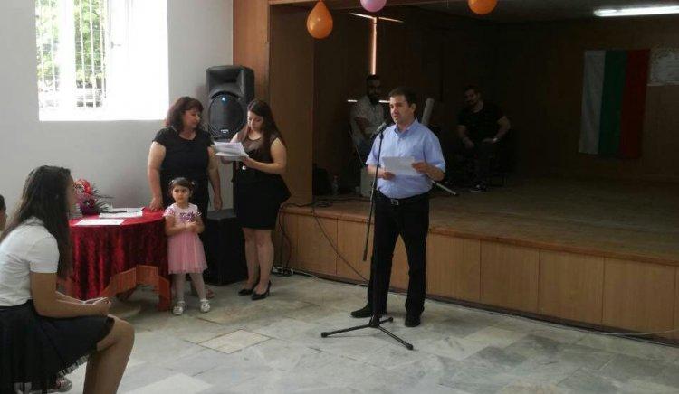 Живко Господинов поздрави читалището в Изворище за 80-годишния му юбилей